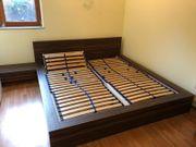 tolles Doppelbett inkl Nachtschränkchen und