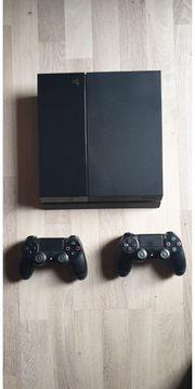 Playstation 4 mit 20 Spielen