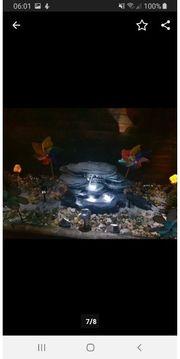 Wasserbrunnen mit LED Lichter