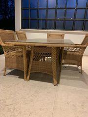 Ggarpa-Tisch mit 6 Stühlen