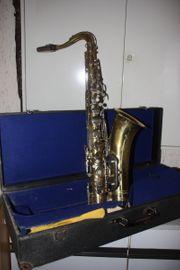 Saxophon abzugeben