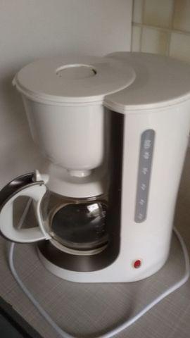 Kaffee-, Espressomaschinen - Kaffeemachine