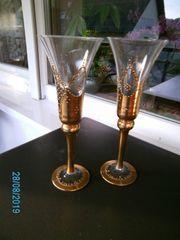 2 sehr dekorative Champagnergläser