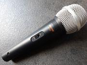 Shure 8700 - dynamisches Gesangs-Mikrofon mit