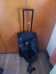 XXL-Reisetasch auf Rollen