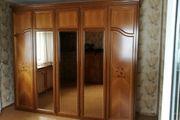 Kleiderschrank mit Intarsien Spiegel