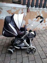 Kinderwagen und Babyschale