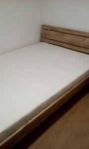 Bett und Schrank zu verkaufen