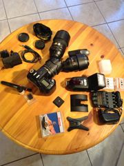 Kamera-Ausrüstung NIKON D90 mit Objektiven