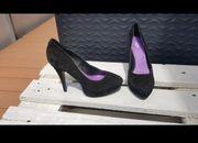 Schwarze High Heels Größe 40