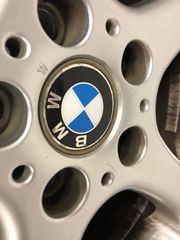 4x BMW Komplett Winterreifen für