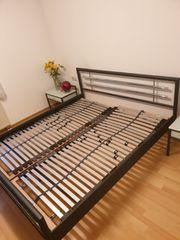 Hochwertiges Doppelbett