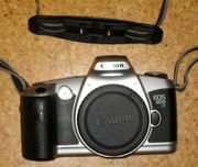 Canon-Kamera EOS 500 N mit
