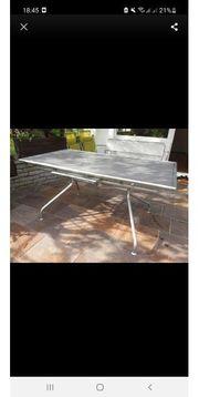 Emu Vollmetall Tisch