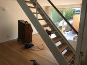 Innentreppe mit Geländer zu verkaufen