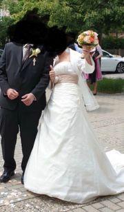 Brautkleid komplett ohne Änderung