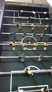 Fußballkicker Kickertisch mit elektrischem Torzähler