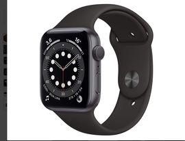 Apple Watch Series 6 (GPS, 44 mm) Aluminiumgehäuse Space Grau, Sportarmband Schwarz