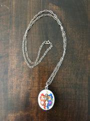 Email Amulett mit Silberkette aus
