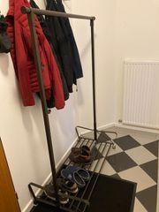 Garderobenständer mit Schuhablage