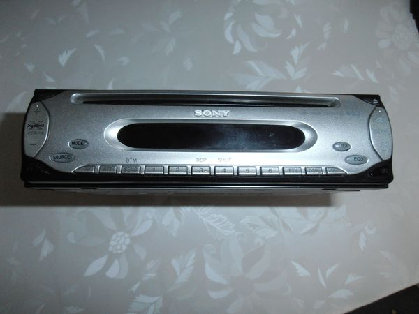 Sony CDXL48X EQ3 CD Tuner
