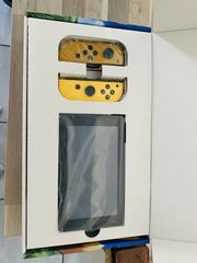 Nintendo Switch - Pikachu Eevee Edition