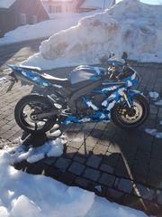 Yamaha r1 rn12