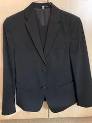 Anzug schwarz Größe 158