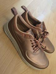 Nike Air Max in Mannheim Bekleidung & Accessoires