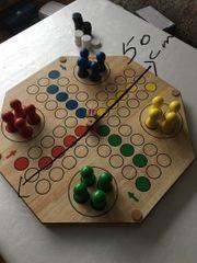 wunderschönes Handgefertigtes Brettspiel aus Holz