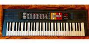 YAMAHA PSR-F51 Digital-Keyboard Piano OVP