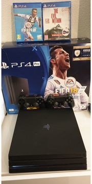 Playstation Pro mit 2 Controller