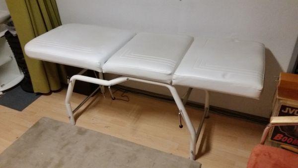 Massageliege Behandlungsstuhl