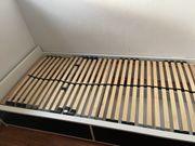Bett 90x200 mit Lattenrost und