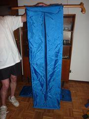 Faltbox u Kleidersack aus Kunststoff