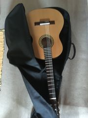 Kindergitarre 3 4 mit Gitarrentasche