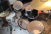 Schlagzeug zu verkaufen ideal für