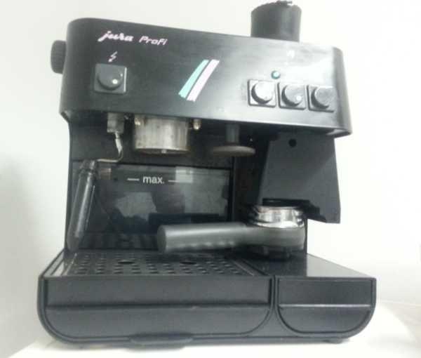 Jura Profi A110 Siebträger-Espressomaschine mit