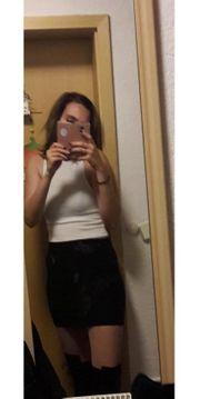Studentin 19 Jahre getragen slip