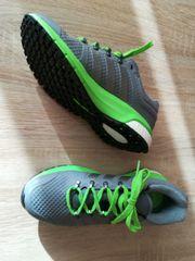 Turnschuhe Adidas grau - grün