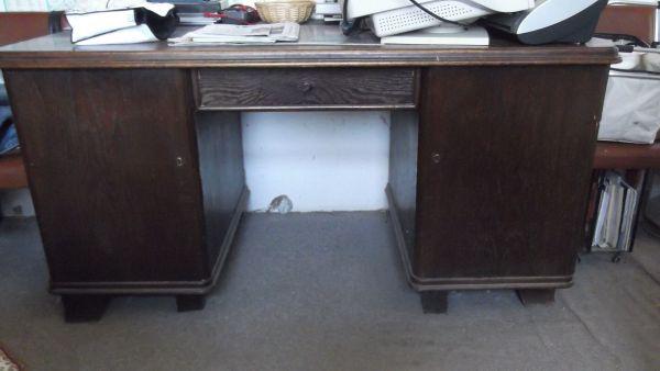 Schreibtisch v 1920