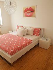 Schönes modernes Schlafzimmer wie Neu