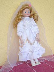 Antike Brautpuppe