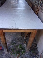 Tisch für Hobbyraum