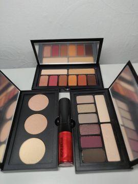 Kosmetik und Schönheit - MakeupSet Smashbox Highlighter Lipgloss Eyeshadow