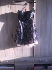 schönes Kleid kurz