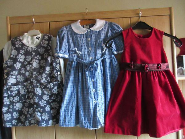 3 Mädchenkleider Gr 110
