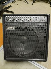 Laney Verstärker 300W