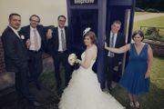 Hochzeit in der Telefonzelle Denkbar