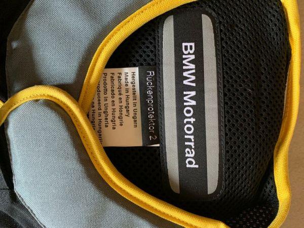 Neuwertiger BMW Rückenprotektor